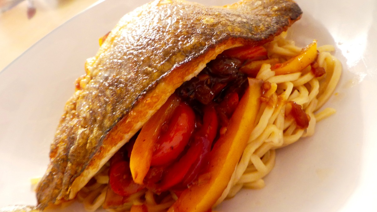 Recipe: Sea Bass with Sweet Chilli Veg and Noodles