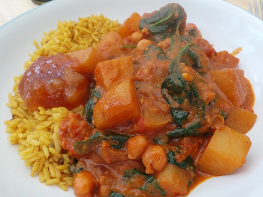 Recipe: Chickpea, Spinach and PotatoCurry